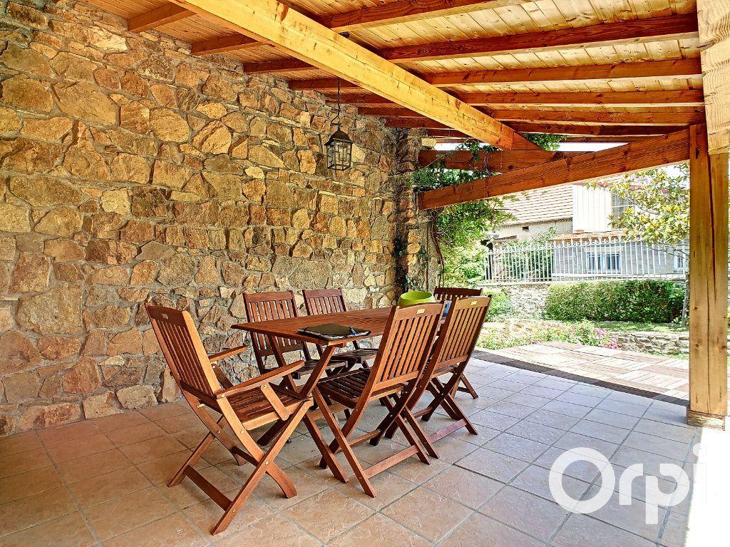 Maison à vendre 5 137m2 à Saint-Quintin-sur-Sioule vignette-10