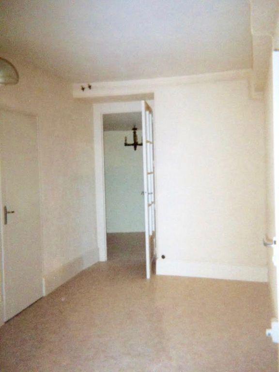 Maison à vendre 2 52m2 à Charenton-du-Cher vignette-4