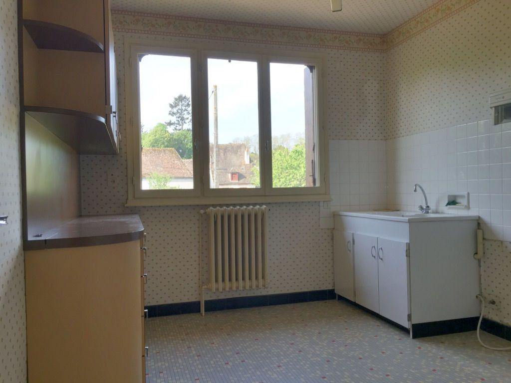 Maison à vendre 6 140m2 à Hérisson vignette-4