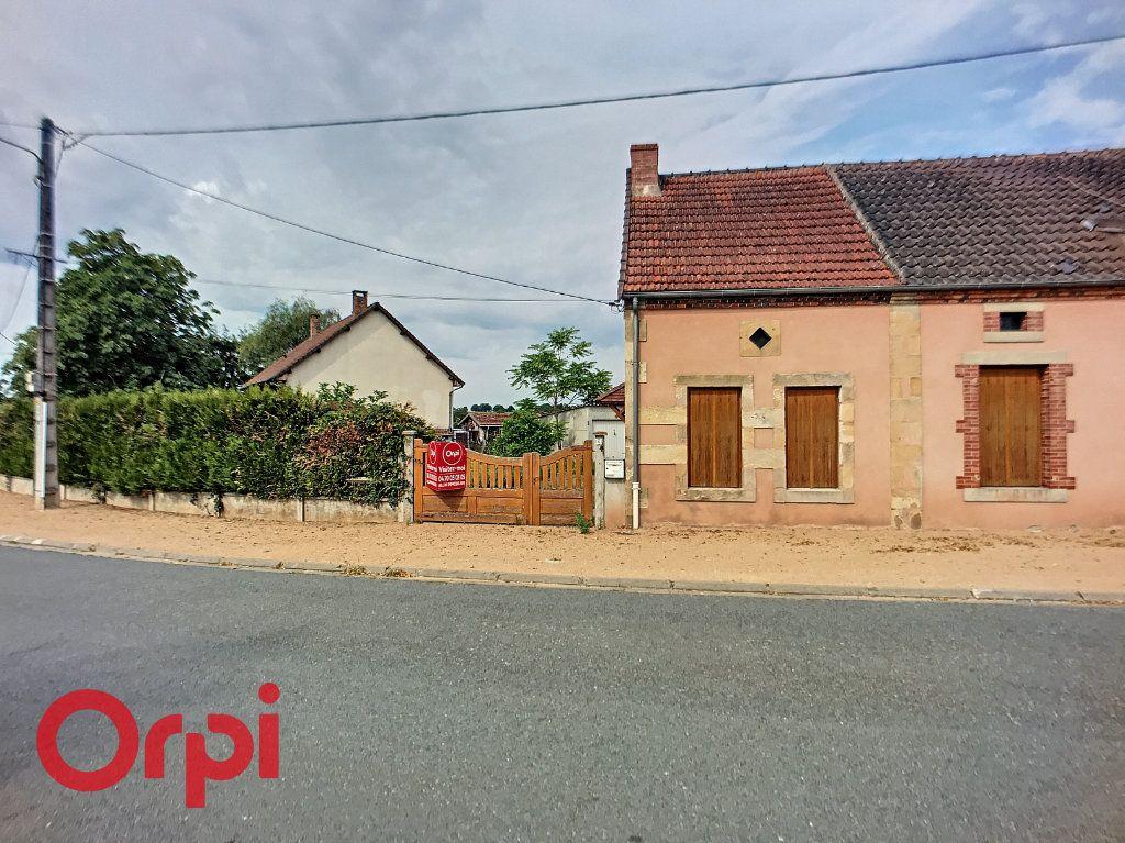 Maison à vendre 3 67.76m2 à Saint-Angel vignette-1