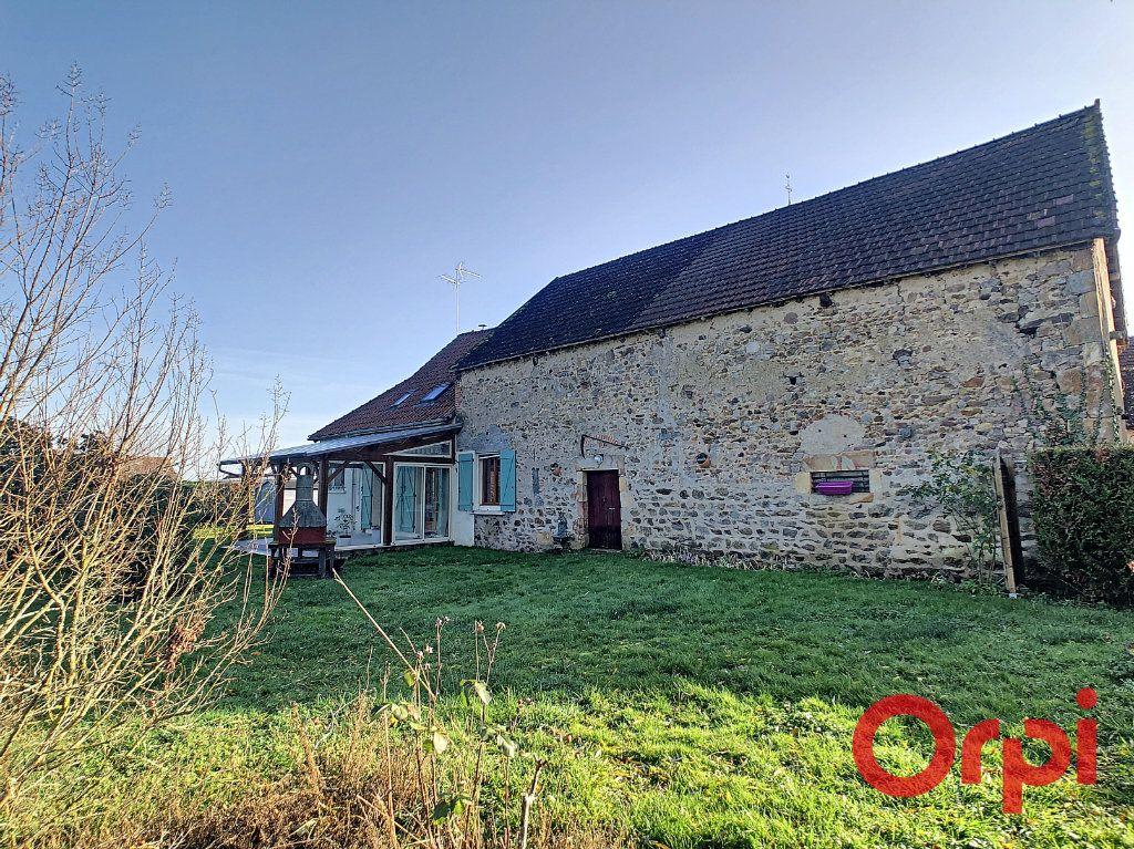 Maison à vendre 4 110.63m2 à Saint-Angel vignette-11