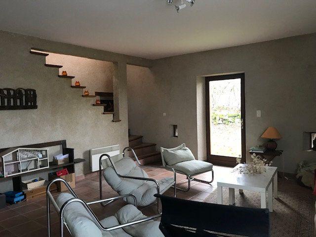 Maison à vendre 8 190m2 à Saint-Julien-le-Châtel vignette-6