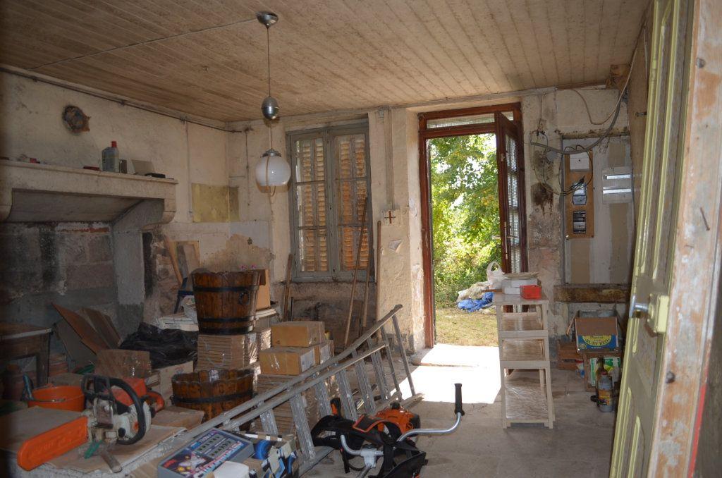 Maison à vendre 3 60m2 à Toulx-Sainte-Croix vignette-2