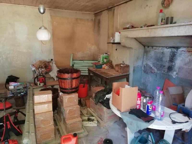 Maison à vendre 3 60m2 à Toulx-Sainte-Croix vignette-3