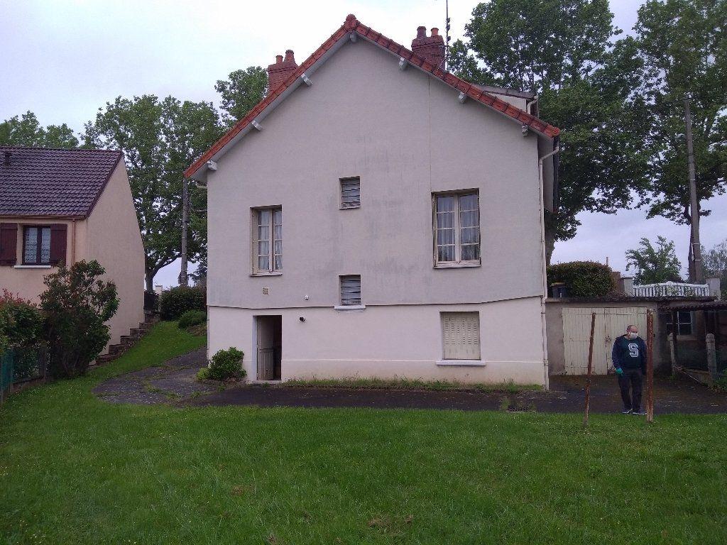 Maison à vendre 5 104m2 à Montluçon vignette-14