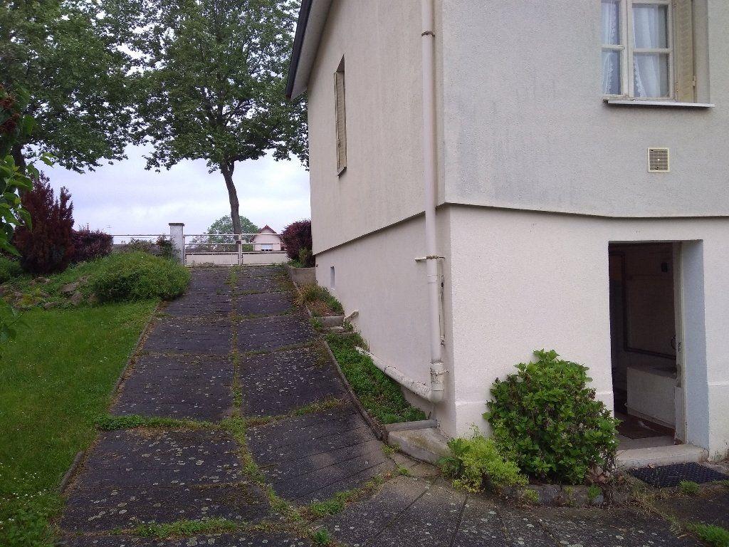 Maison à vendre 5 104m2 à Montluçon vignette-15