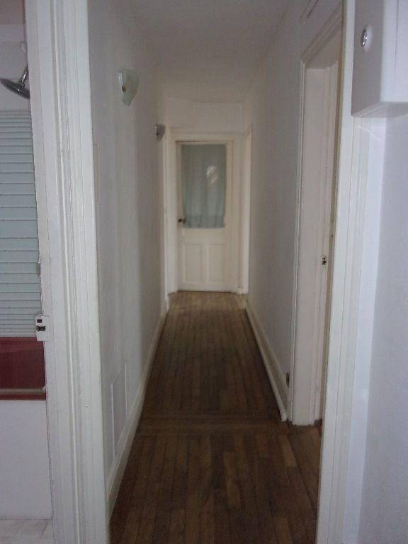 Appartement à louer 3 87.85m2 à Saint-Quentin vignette-8