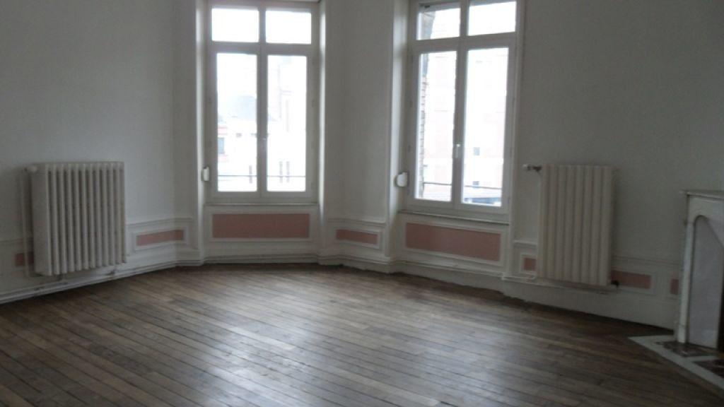 Appartement à louer 2 60m2 à Saint-Quentin vignette-3