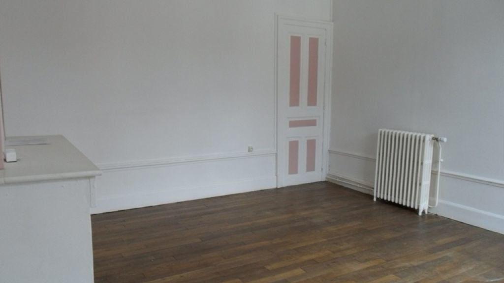 Appartement à louer 2 60m2 à Saint-Quentin vignette-4
