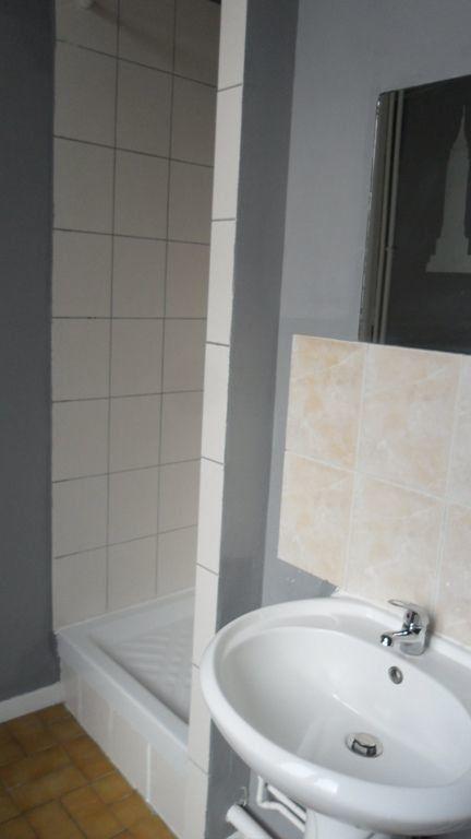 Appartement à louer 2 60m2 à Saint-Quentin vignette-6