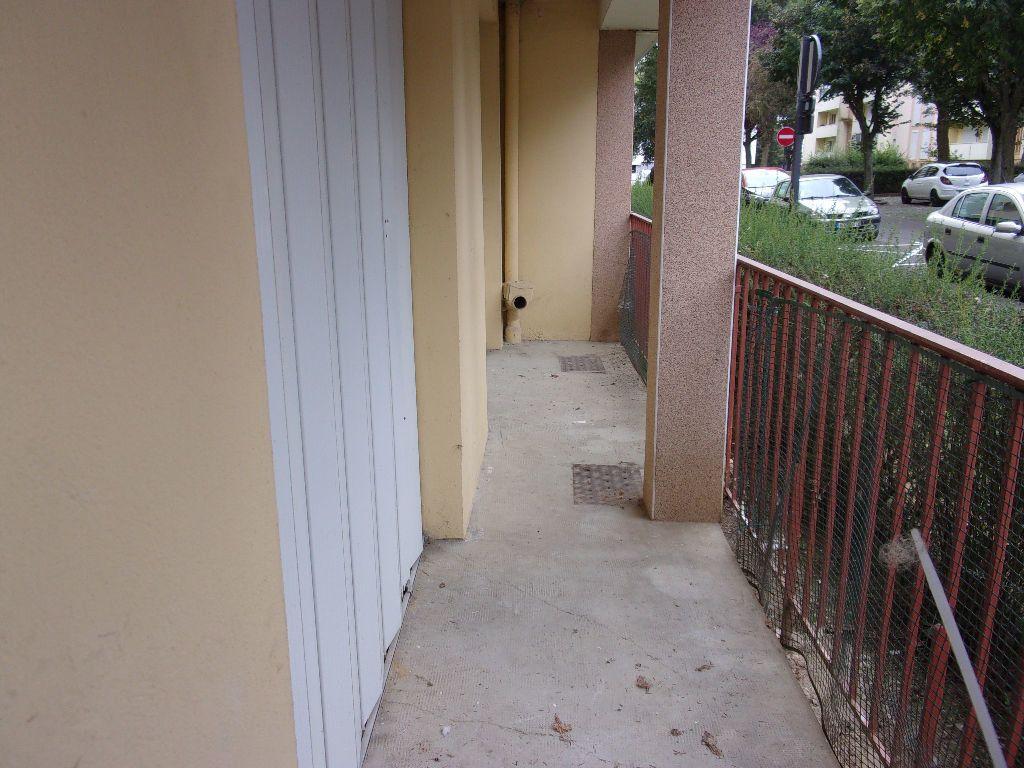 Appartement à louer 2 41m2 à Saint-Quentin vignette-7