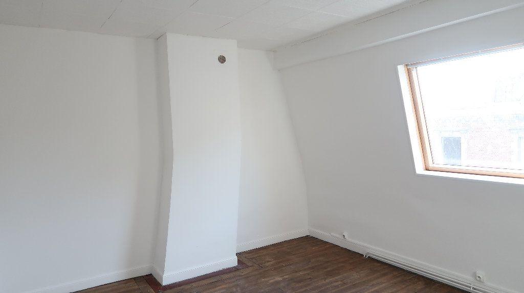 Maison à louer 6 105m2 à Saint-Quentin vignette-11
