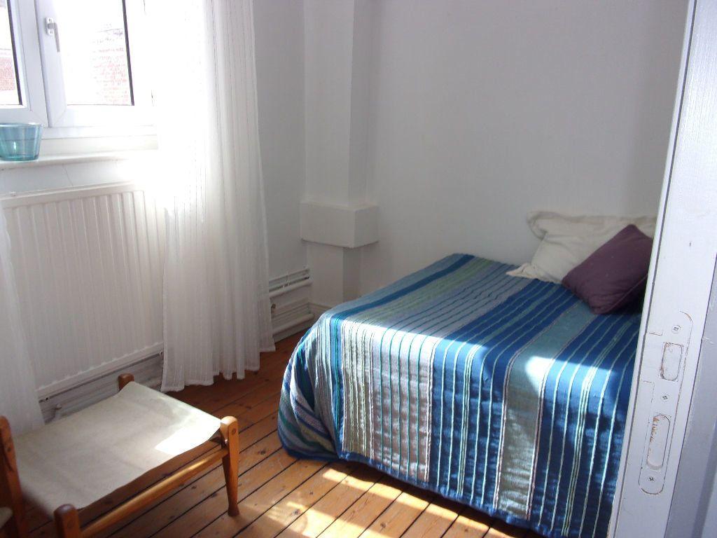 Appartement à louer 4 94.72m2 à Saint-Quentin vignette-6
