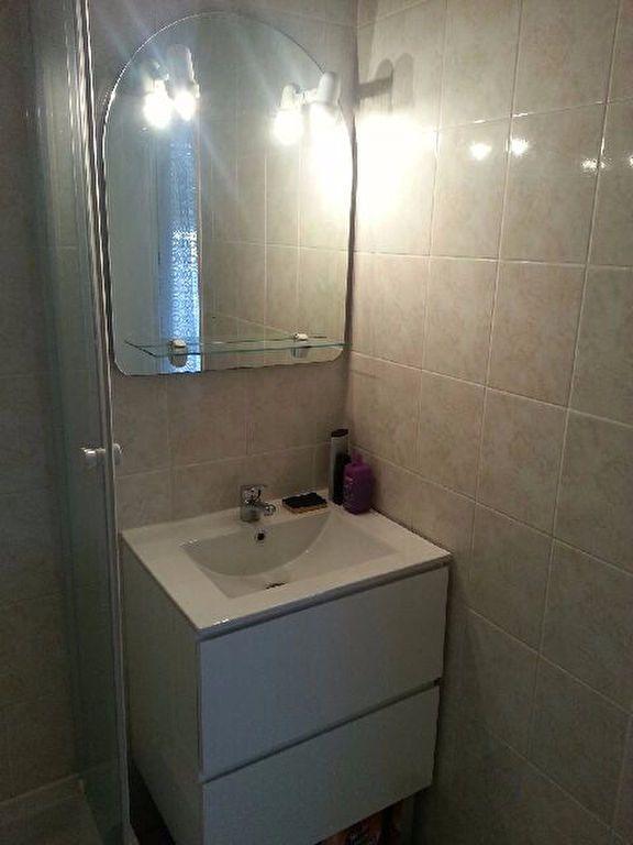 Appartement à louer 1 17m2 à Chauny vignette-5