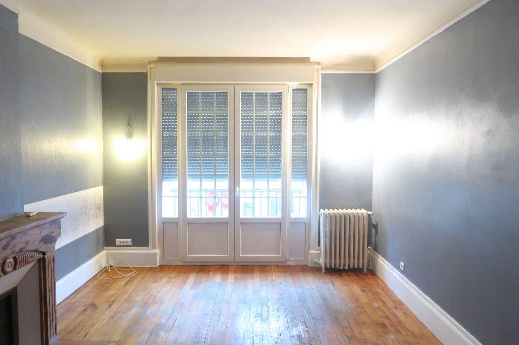 Appartement à louer 4 120.82m2 à Saint-Quentin vignette-14