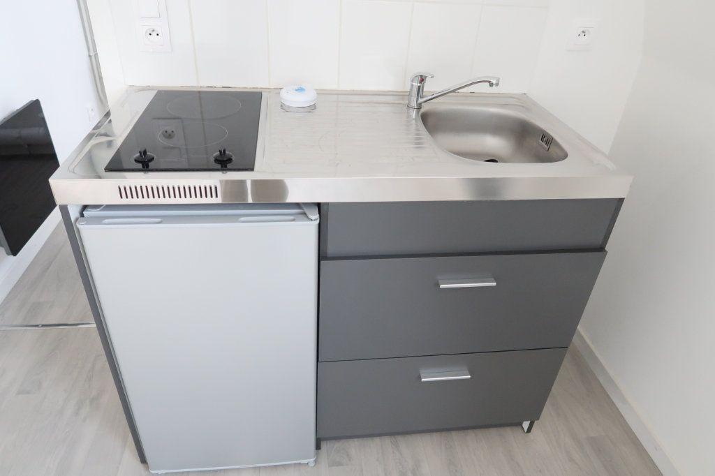 Appartement à louer 1 33.94m2 à Saint-Quentin vignette-3