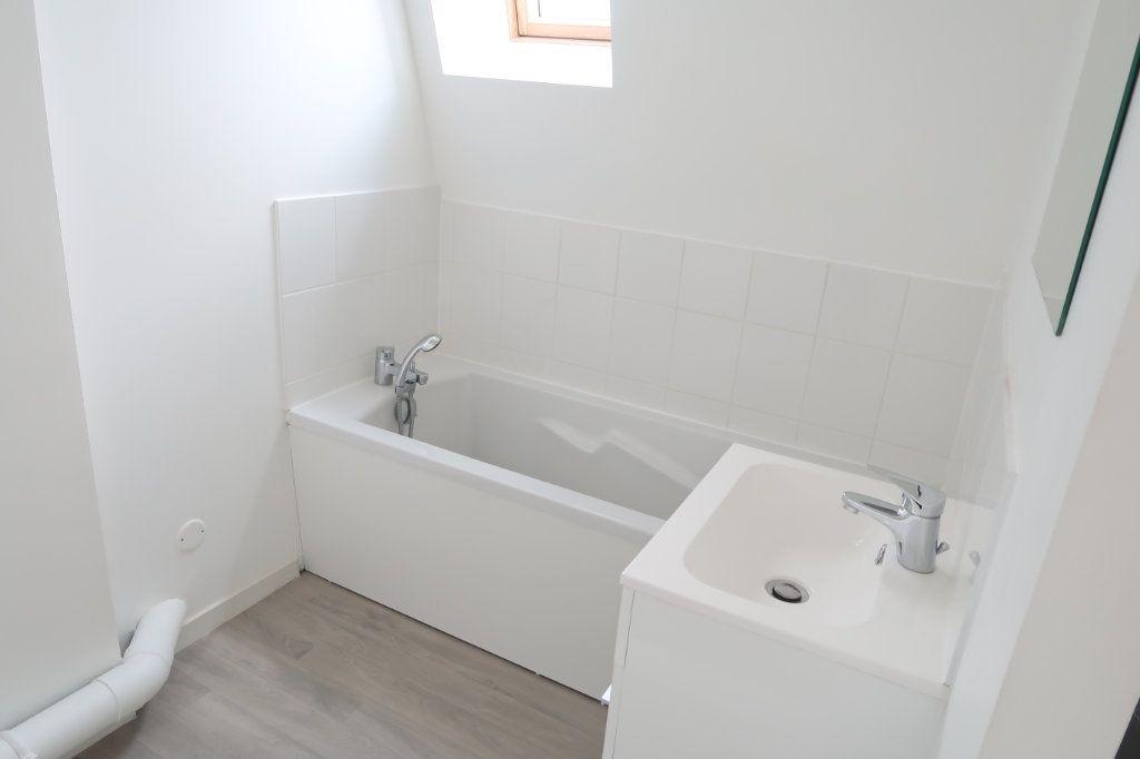 Appartement à louer 1 33.94m2 à Saint-Quentin vignette-4