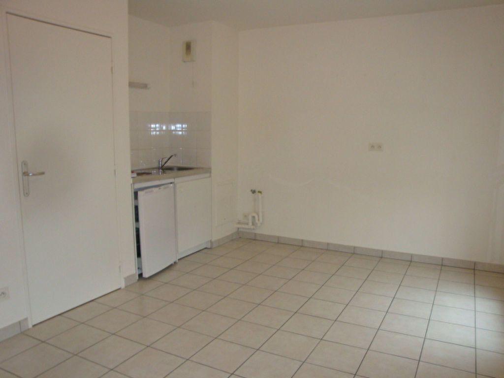 Appartement à louer 2 47m2 à Amiens vignette-6