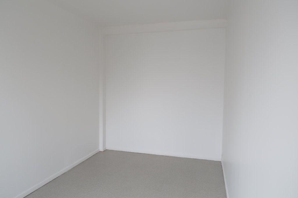 Appartement à louer 3 59m2 à Saint-Quentin vignette-4