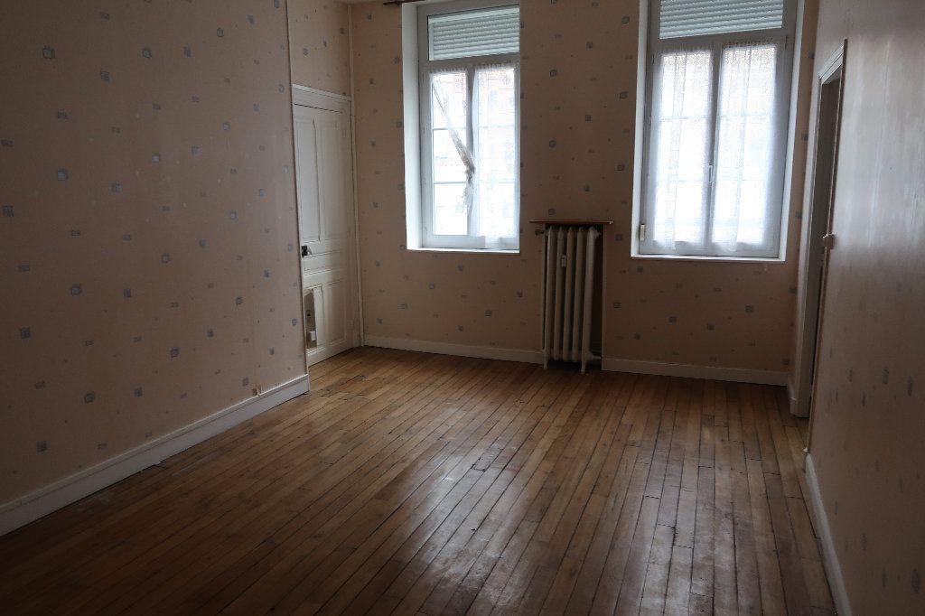Appartement à vendre 3 69m2 à Saint-Quentin vignette-4