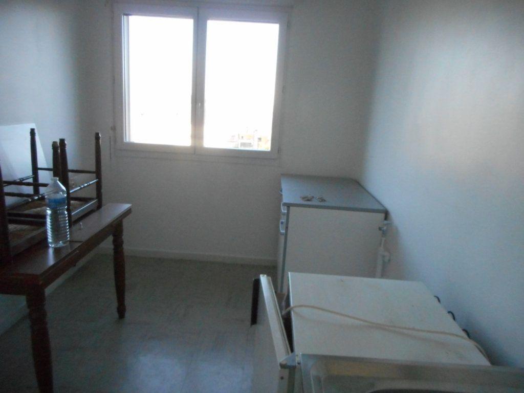 Appartement à louer 2 43m2 à Amiens vignette-7