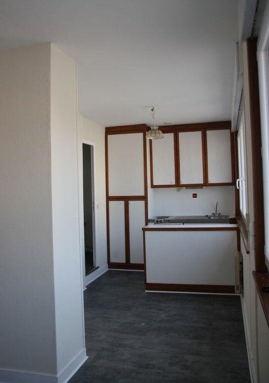 Appartement à louer 1 27m2 à Amiens vignette-1