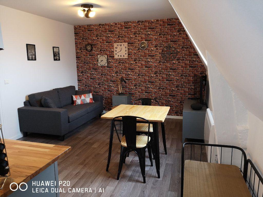 Appartement à louer 2 26m2 à Saint-Quentin vignette-7