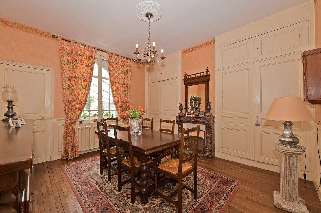 Maison à vendre 7 157m2 à Tergnier vignette-1