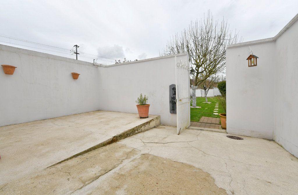 Maison à vendre 7 157m2 à Tergnier vignette-3