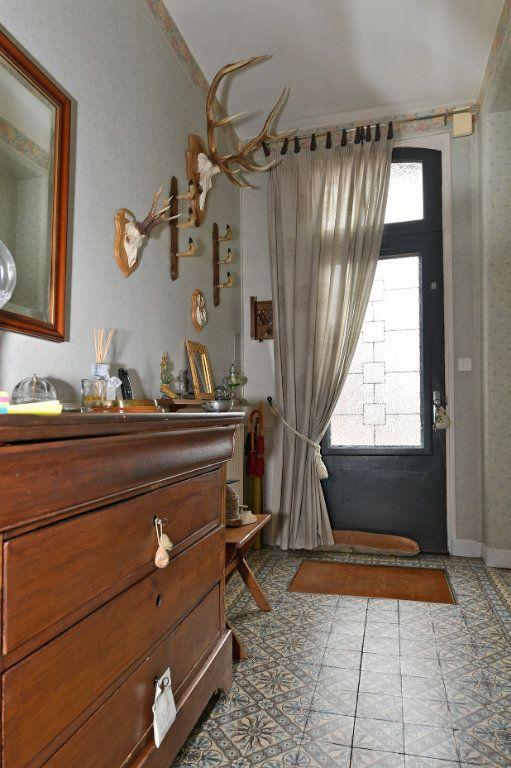 Maison à vendre 7 157m2 à Tergnier vignette-4