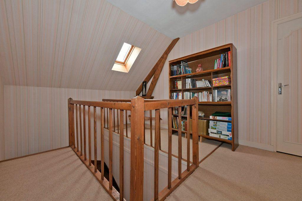 Maison à vendre 7 157m2 à Tergnier vignette-11