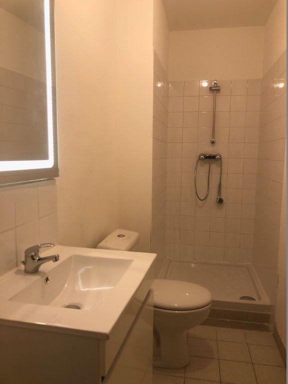 Appartement à louer 3 56.74m2 à Jussy vignette-6