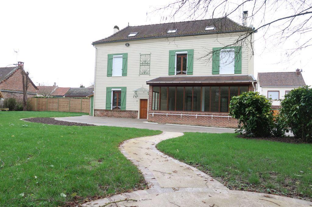 Maison à louer 8 175m2 à Vignacourt vignette-4