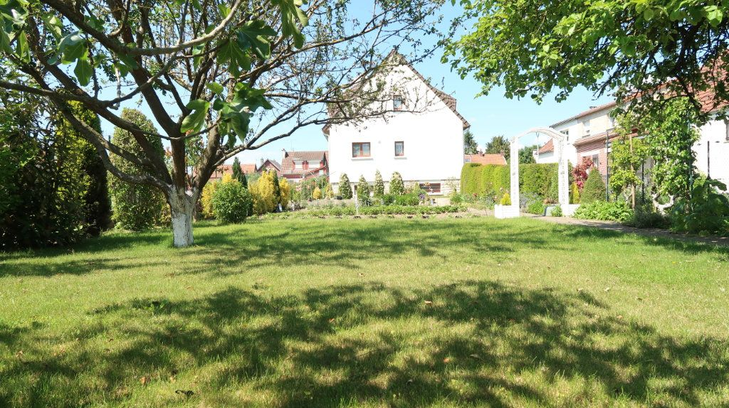 Maison à vendre 7 186m2 à Tergnier vignette-2
