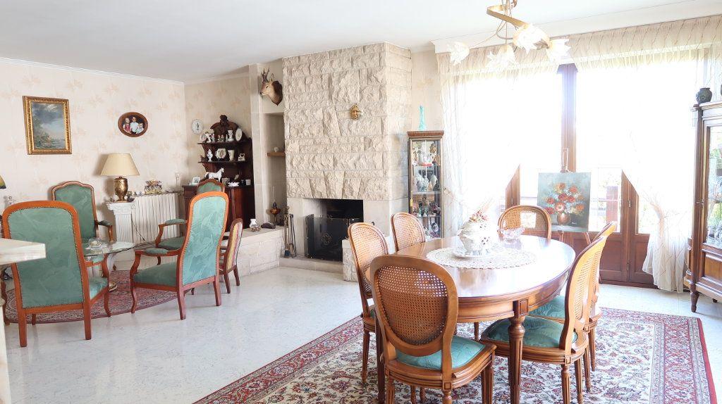 Maison à vendre 7 186m2 à Tergnier vignette-3
