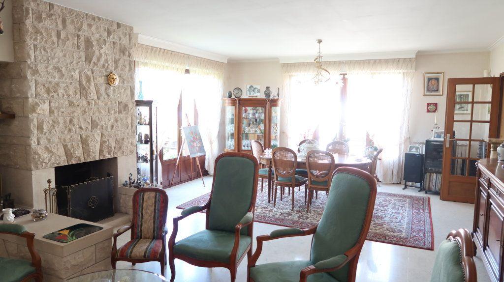Maison à vendre 7 186m2 à Tergnier vignette-6