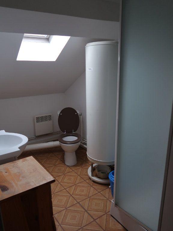 Appartement à louer 1 17.52m2 à Tergnier vignette-2