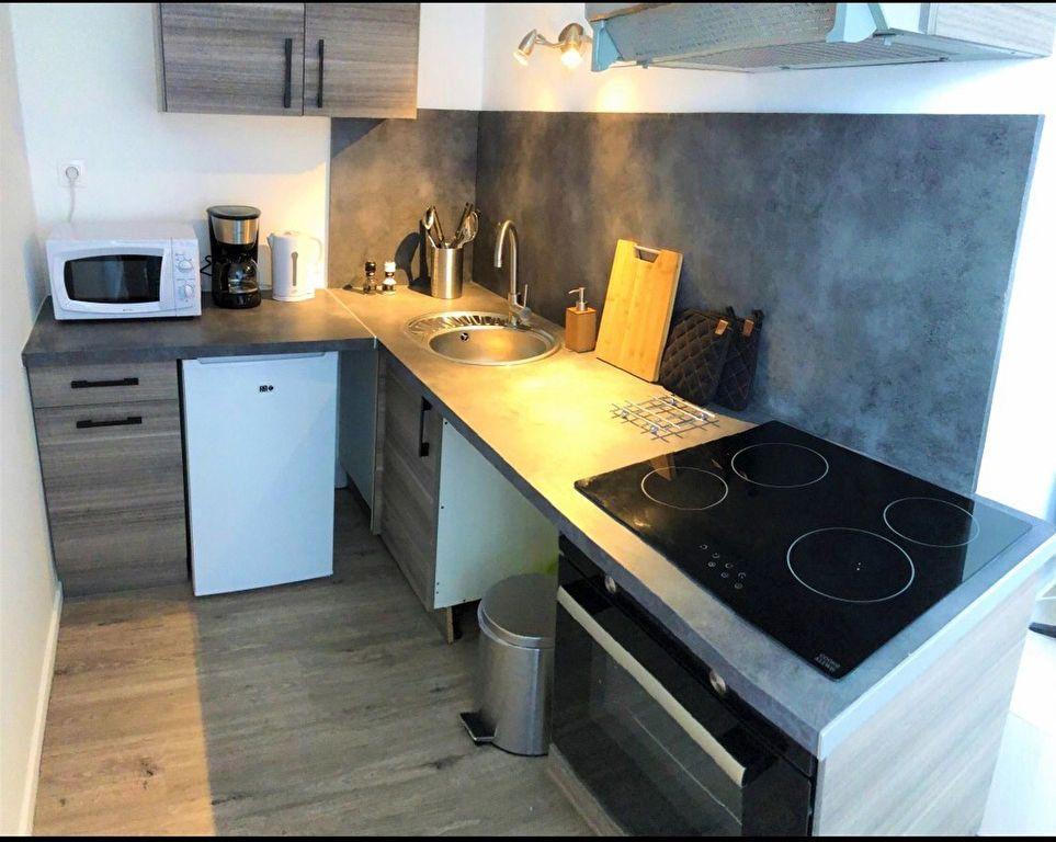 Appartement à louer 2 30.8m2 à Saint-Quentin vignette-2