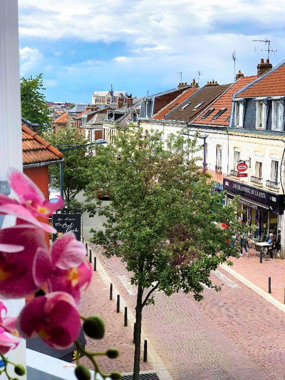 Appartement à louer 1 28.3m2 à Saint-Quentin vignette-2