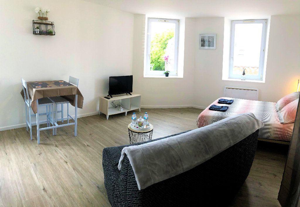 Appartement à louer 1 28.3m2 à Saint-Quentin vignette-4