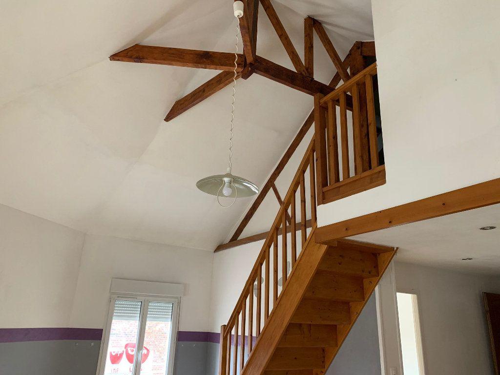 Appartement à louer 3 60m2 à Tergnier vignette-3
