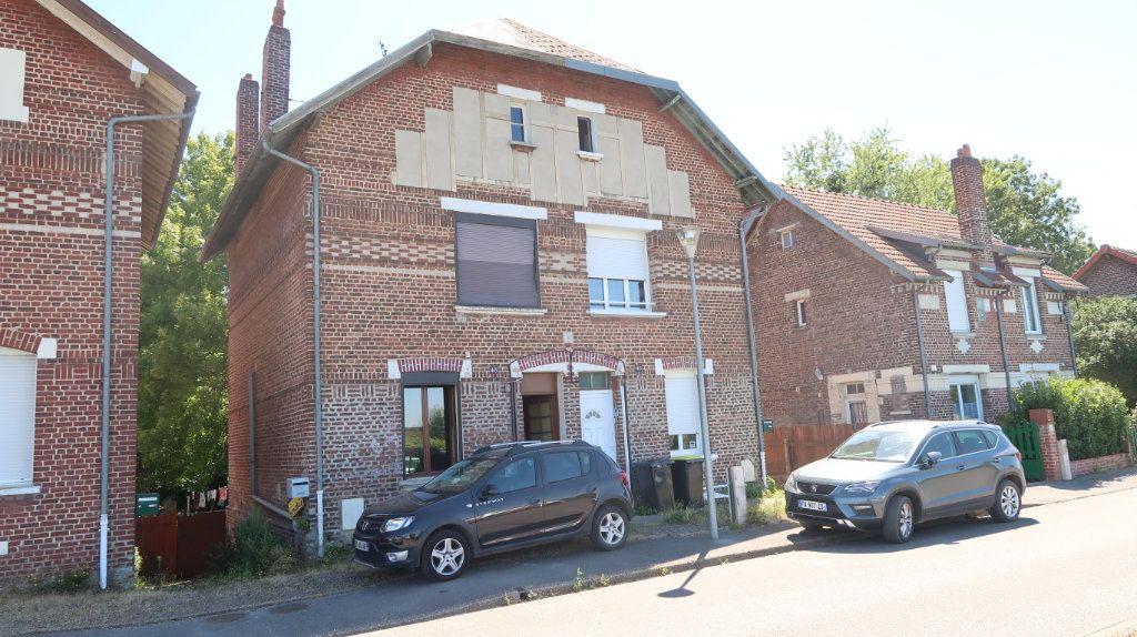 Maison à vendre 4 95m2 à Tergnier vignette-1