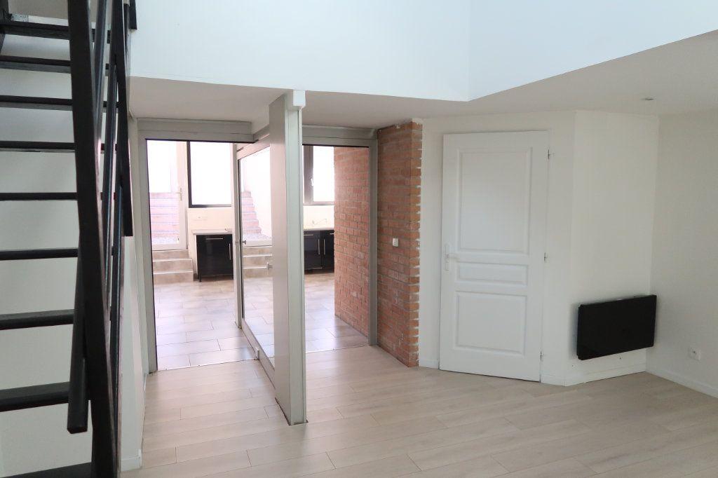 Maison à louer 2 64m2 à Saint-Quentin vignette-6