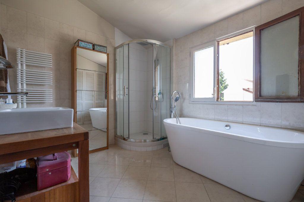 Maison à vendre 4 85m2 à Champigny-sur-Marne vignette-6