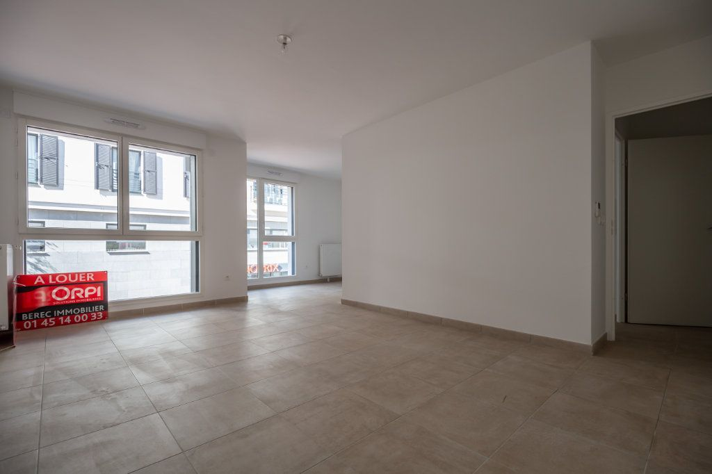 Appartement à louer 4 70.97m2 à Joinville-le-Pont vignette-5