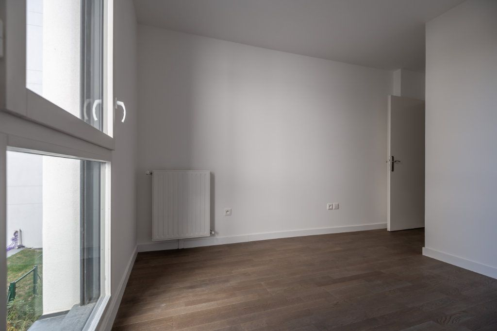 Appartement à louer 4 70.97m2 à Joinville-le-Pont vignette-8
