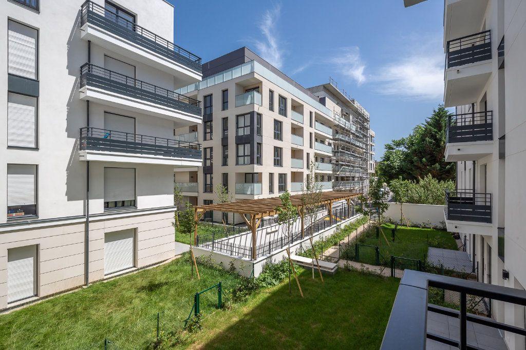 Appartement à louer 4 70.97m2 à Joinville-le-Pont vignette-11