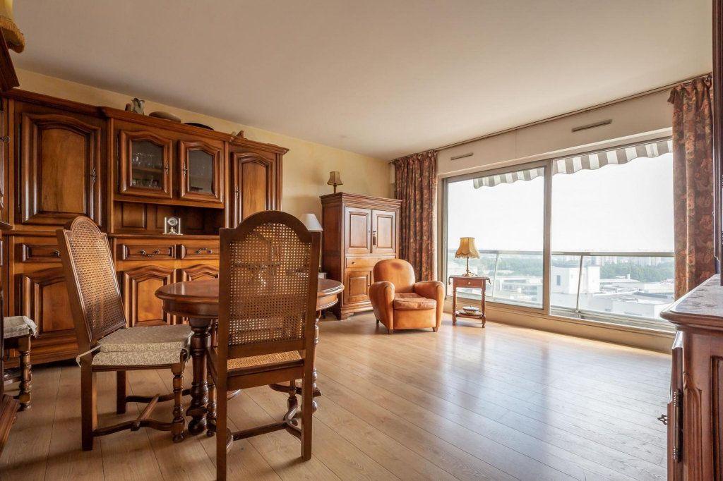 Appartement à vendre 3 70m2 à Saint-Maurice vignette-1