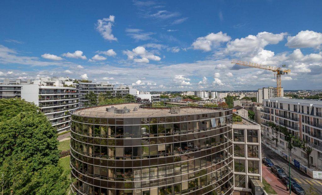 Appartement à vendre 3 70m2 à Saint-Maurice vignette-2