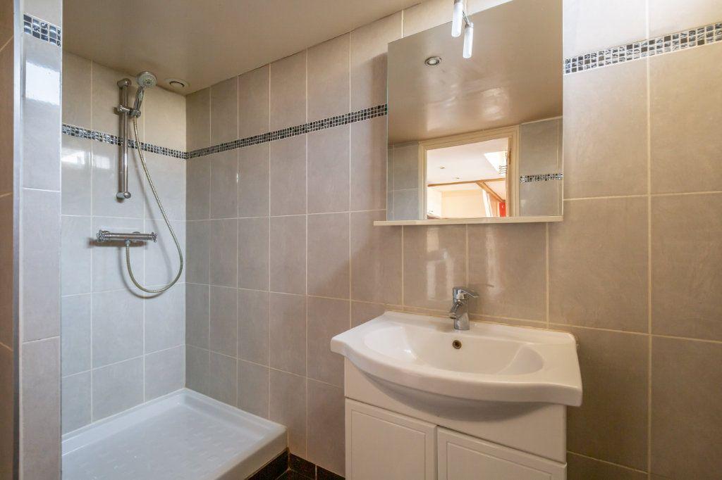 Maison à vendre 2 29m2 à Champigny-sur-Marne vignette-6